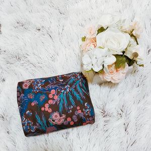 Estee Lauder Cosmetic Bag Canvas Brand New